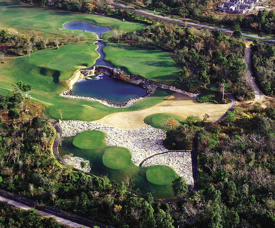 Guavaberry Golf & Country Club in Juan Dolio (credit: Media Photos Dominican Republic Tourism Board)